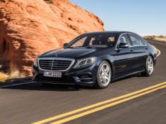 Mercedes-Benz_S300_BlueTec-Hybrid