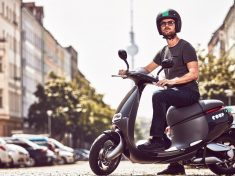 Gogoro-Coup-Berlin-Electric-Scooter-Sharing-2-1020x610
