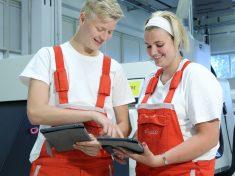 Audi, tablet, duális képzés