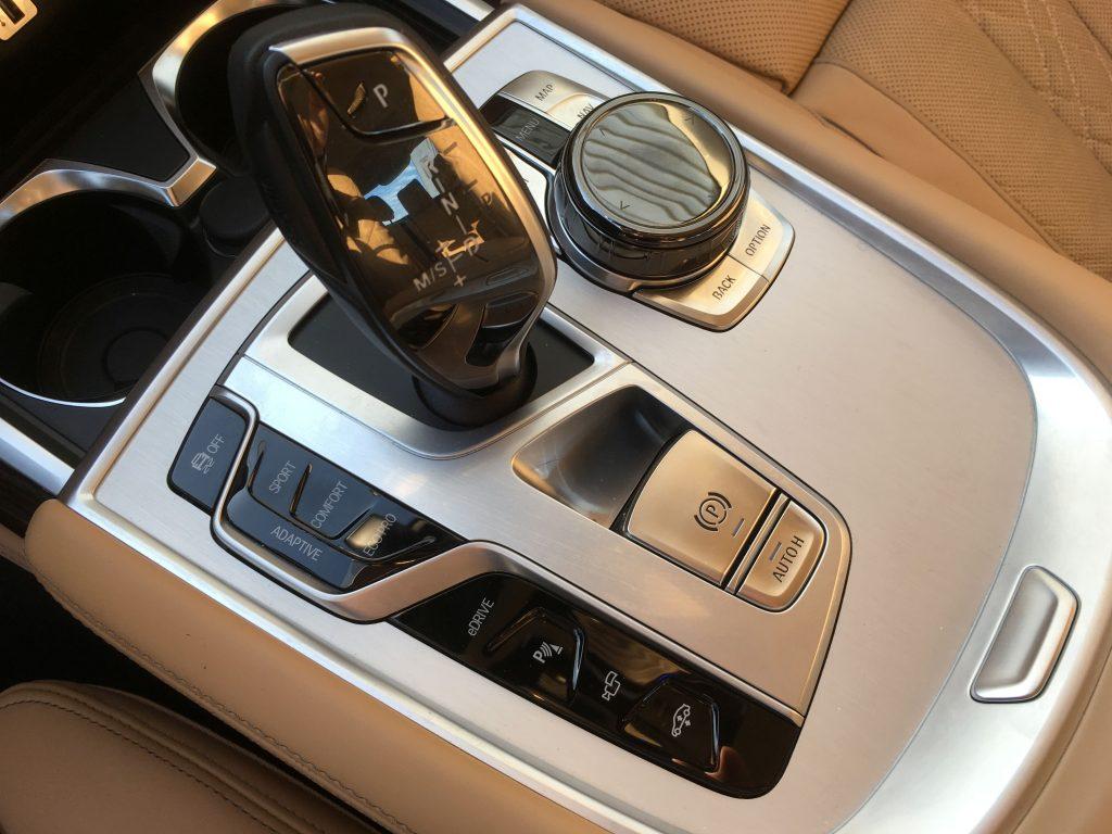 BMW 740e