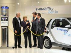 Bundeskanzlerin Merkel: Elektroauto-Projekt 2008