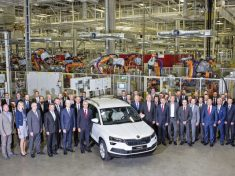 170726-skoda-karoq-start-of-production-kvasiny-cz-01-768x480