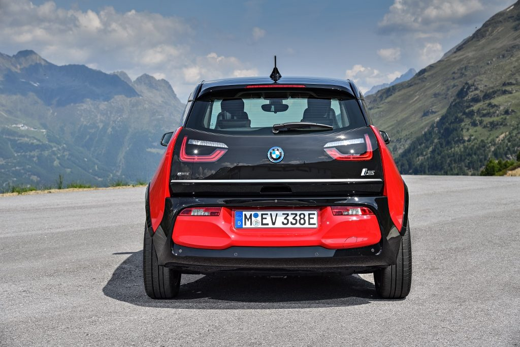 P90273520_highRes_the-new-bmw-i3s-08-2 (1024x683)