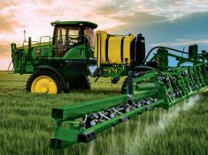 crop_sprayer_finance_mua_r4d039945_large_8527e9f812266a7f2ee6afa54dbfee5d46e2b77c