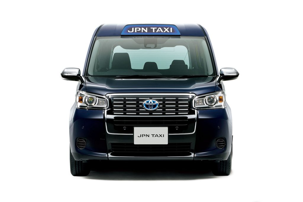 Toyota_JPN_Taxi_2