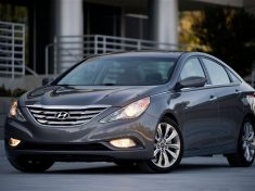 2012-hyundai-sonata-drivers-side-three-quarters