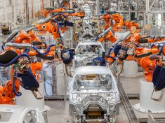 bmw-spartanburg-robotic-welding-line