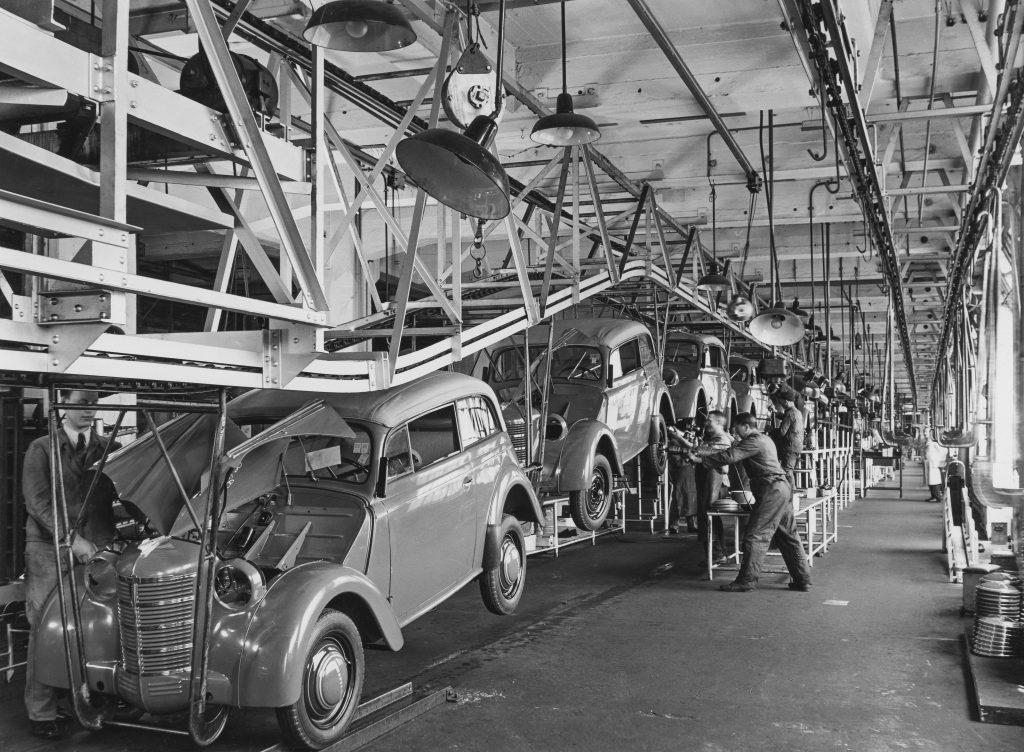 Opel Kadettek a gyártósoron 1938-ban
