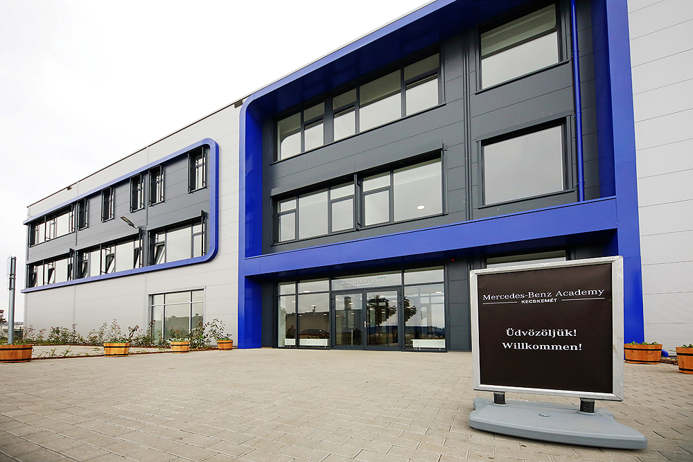 A Mercedes-Benz Academy Kecskemét épülete