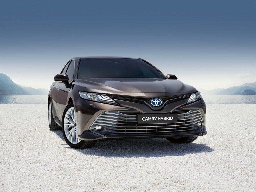 vadonatuj_Toyota_Camry_3