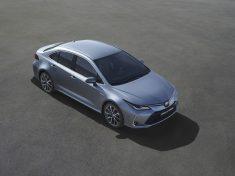 vadonatuj_Toyota_Corolla_Sedan_1