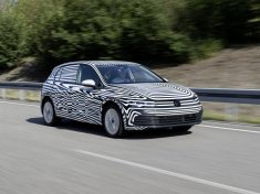 The new Golf – still camouflaged
