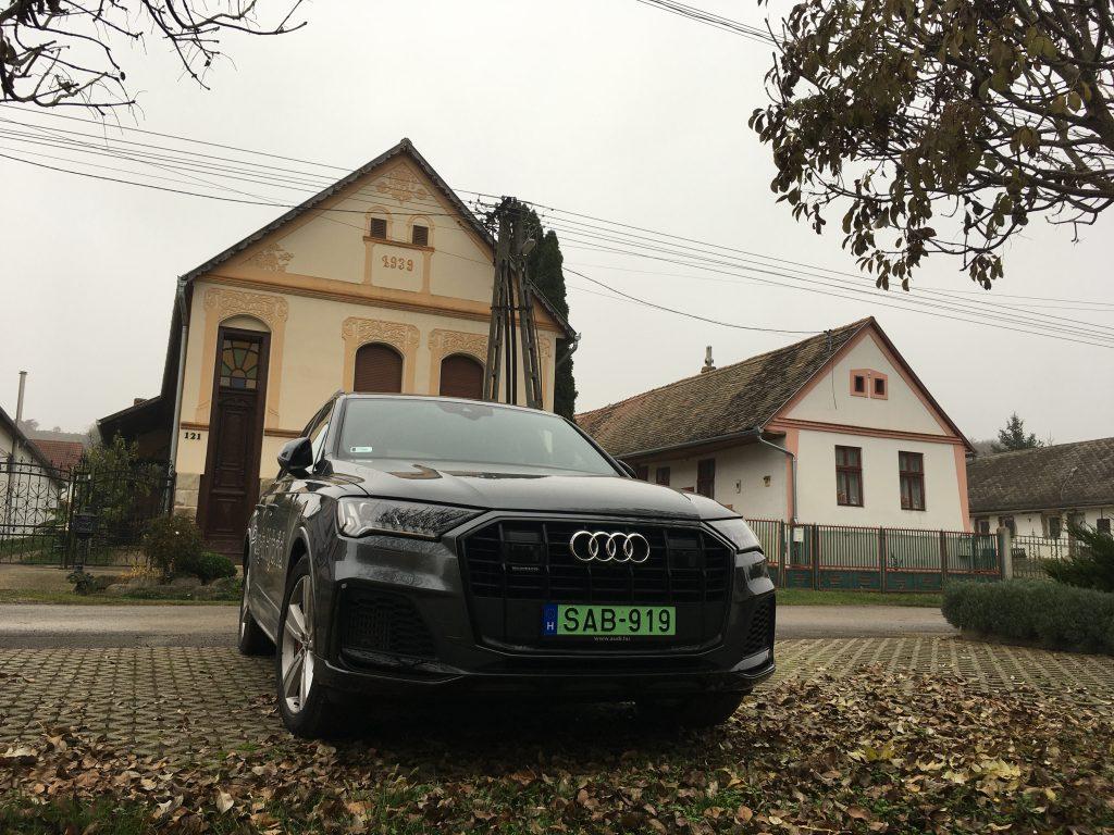 Audi Q7, Feked